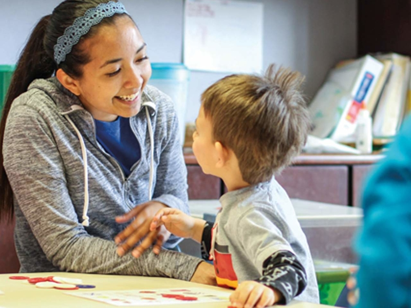 Child Development Student teaching in classroom